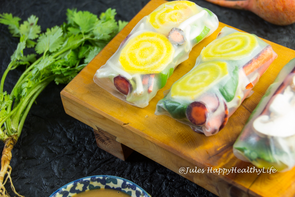 Simple recipe, great when you have guests - Summer Rolls with Peanut Dip