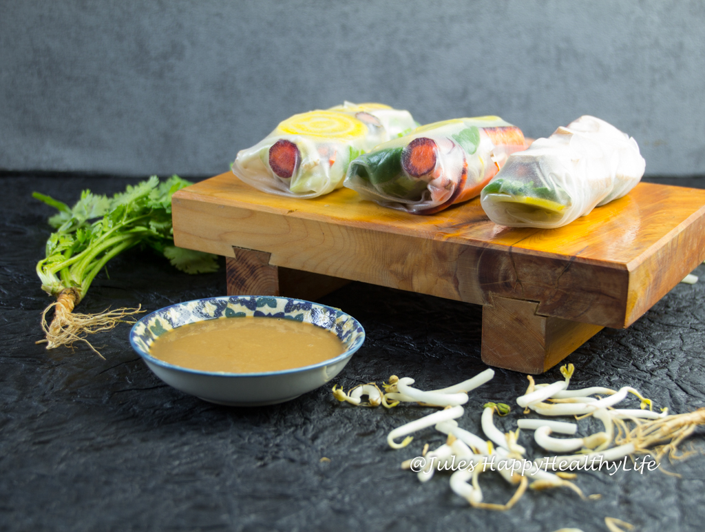 You can eat happiness - Summer Rolls with Peanut Dip