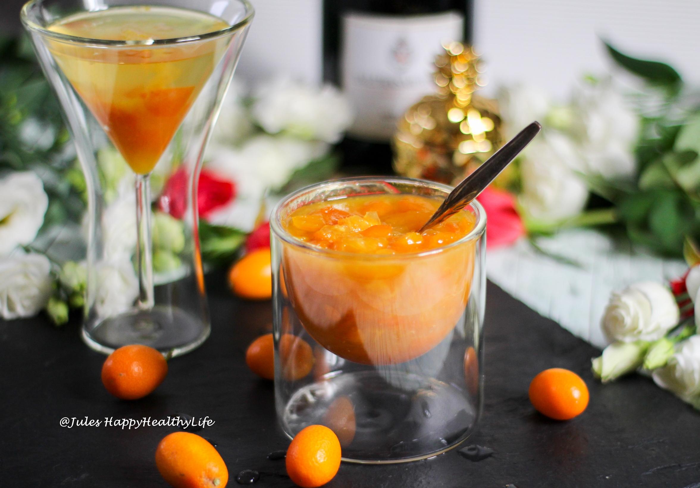 Gewürzkumquats mit Sternanis, Kardamom und Vanille