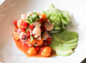Ceviche of Gilthead with Physalis and Gelber Muskateller as food and wine pairing