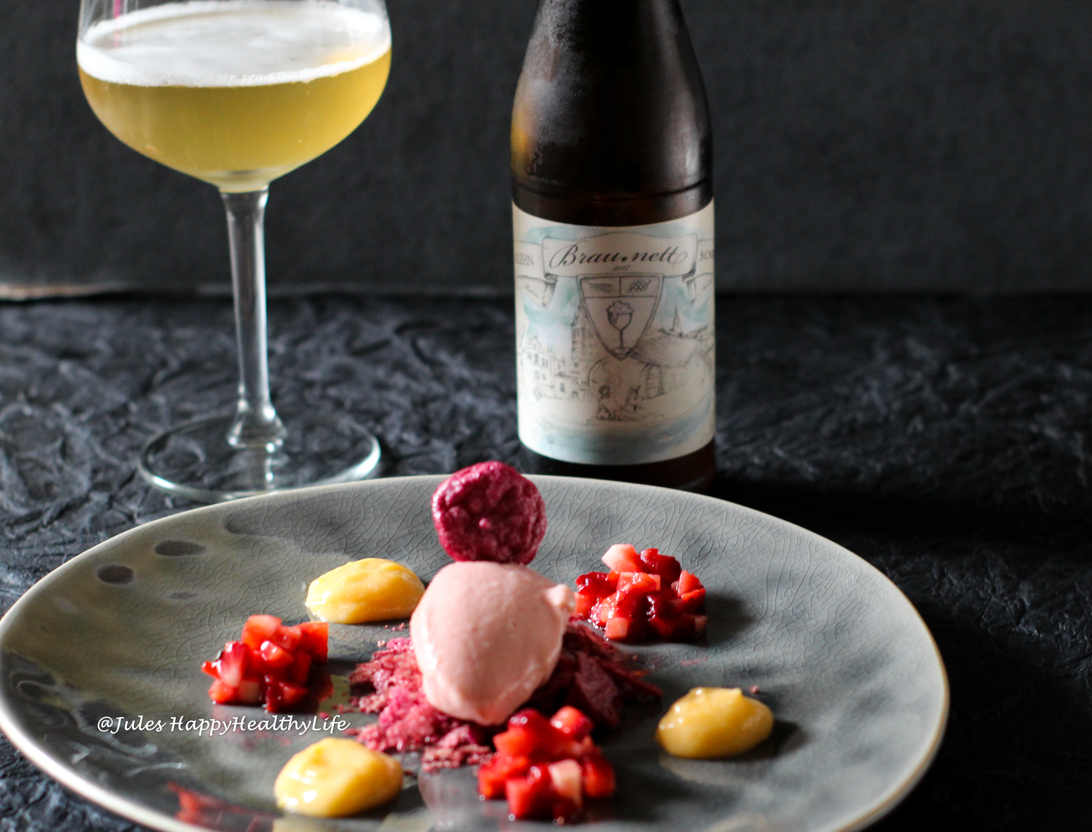 Food Pairing - Brau.Nett zum Rhabarber Riesling Eis mit Rote Beete Baiser