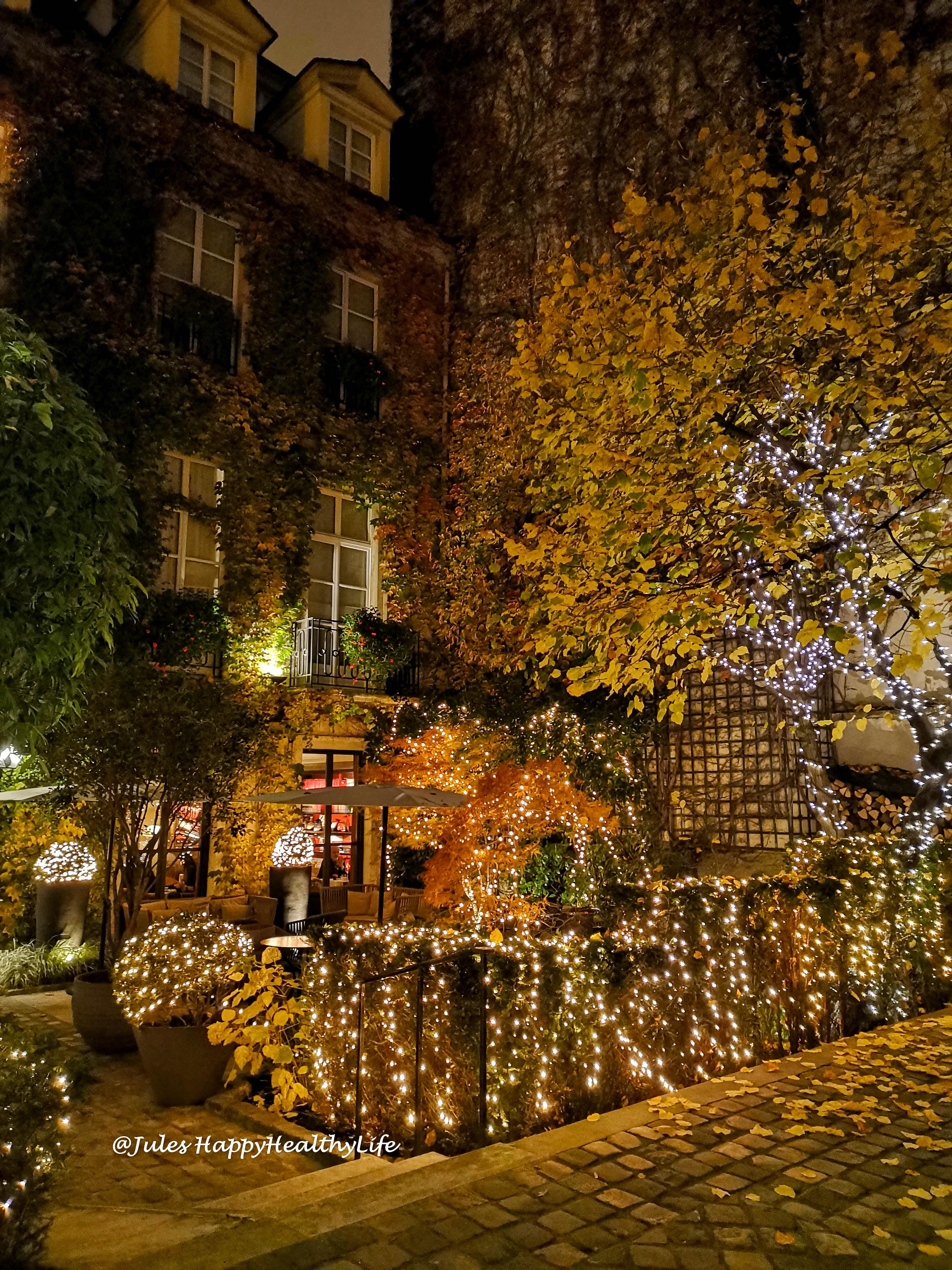 Romantisches Restaurant Anne im Hotel Marais Paris