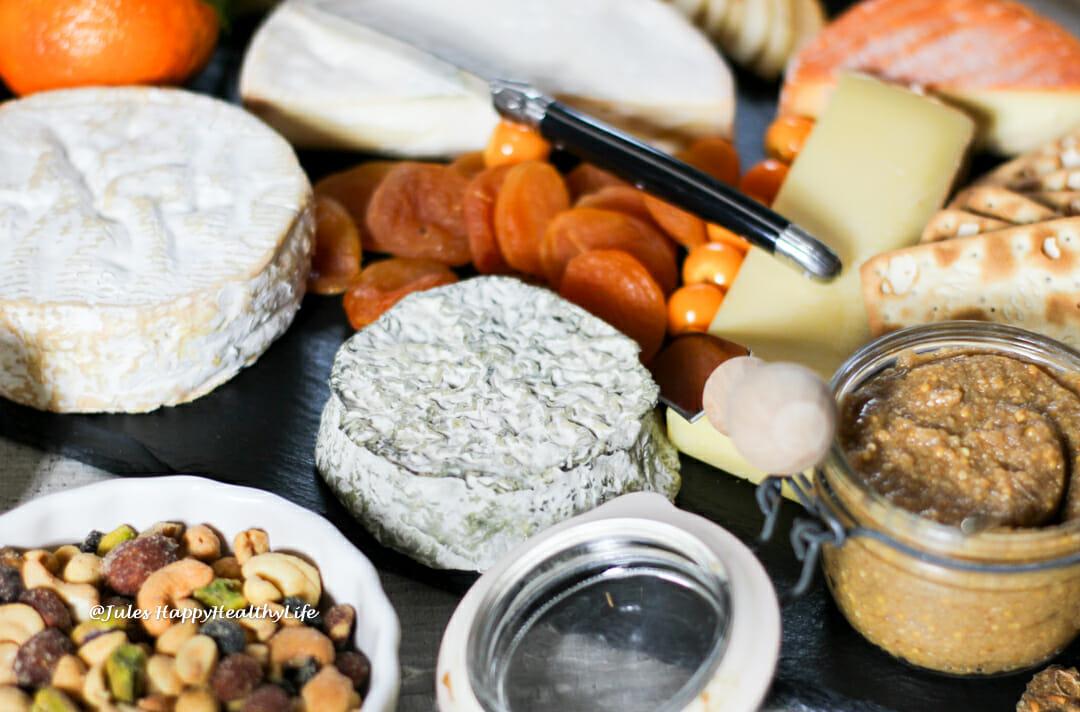 Nüsse, Obst, Feigensenf sind passende Käsebegleiter