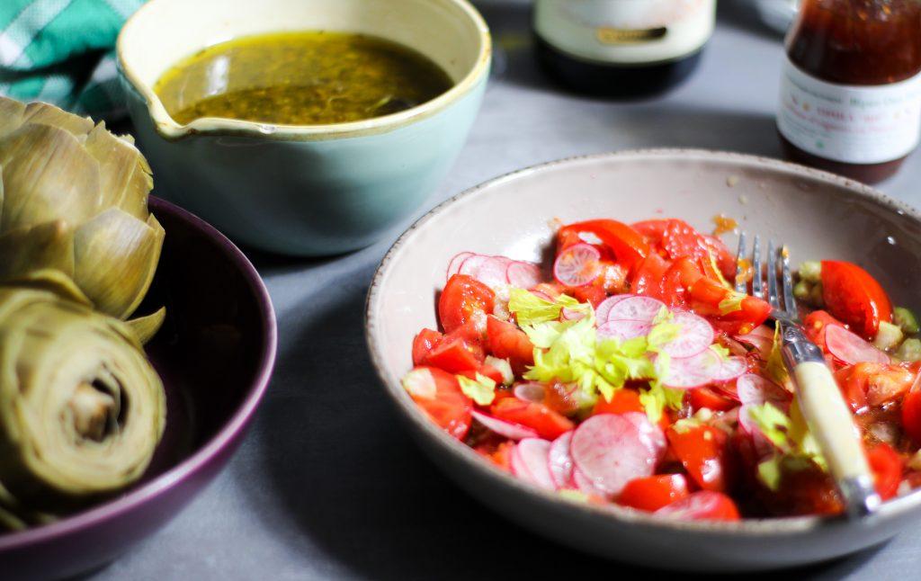 Rezept für  gesunde Artischoken mit Steinpilzvinaigrette und Tomatensalat
