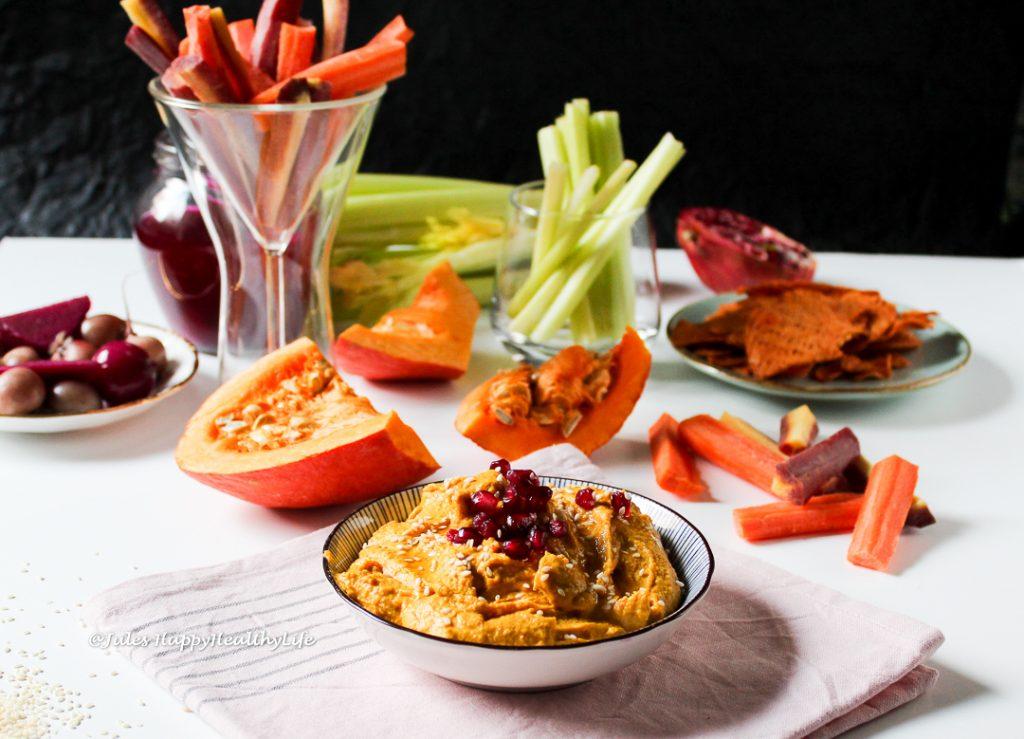 Curry Kürbis Hummus der perfekte Snack