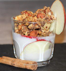 Selbstgemachtes Apfel Zimt Granola zum Frühstück - Jules HappyHealthy Life Food Blog