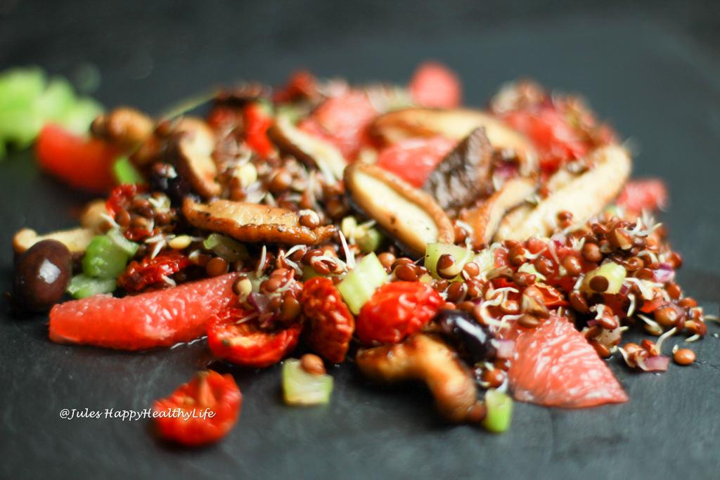 italienischer veganer salat von gekeimten linsen 1 jules happyhealthylife. Black Bedroom Furniture Sets. Home Design Ideas